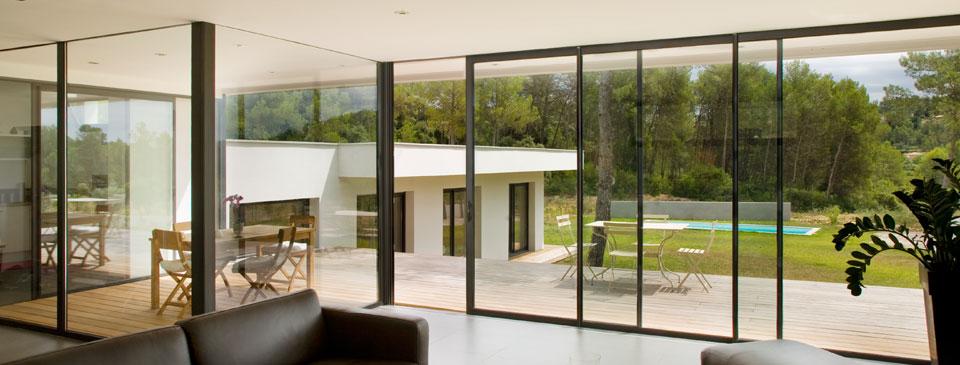 guide baies vitr es baie vitr e coulissante maison jardin baie vitree. Black Bedroom Furniture Sets. Home Design Ideas