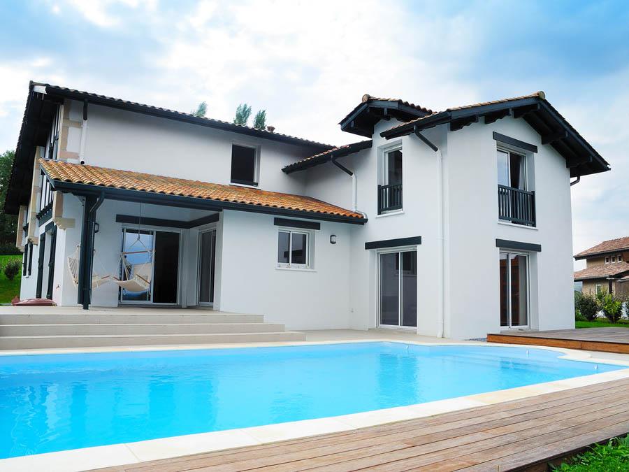 les m dias de construction de maison au pays basque et. Black Bedroom Furniture Sets. Home Design Ideas